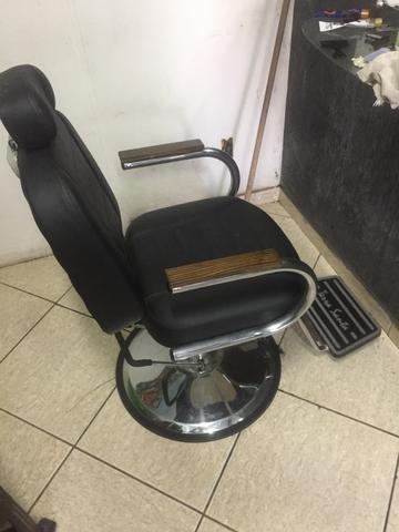 Cadeira de barbeiro TERRA SANTA (reclinável)