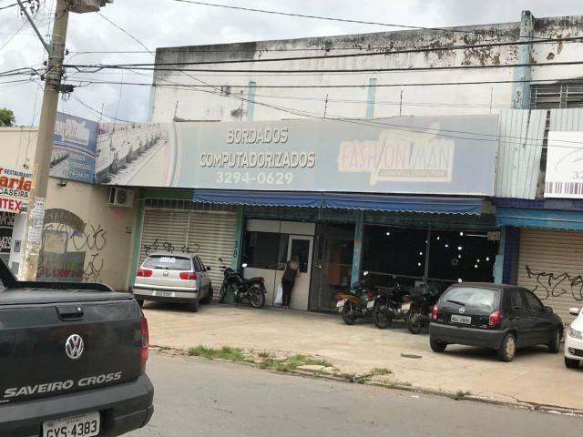 Galpão 360m, Rua P-16 contra esquina com Av. Anhanguera. St. dos Funcionarios