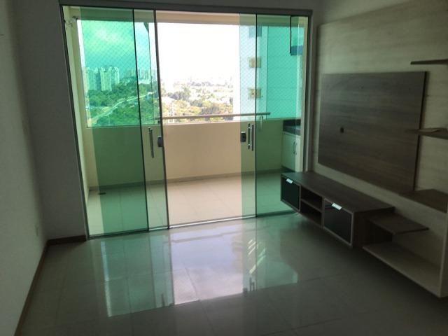 Apartamento no condomínio The Sun Parque 10 com 3 suítes