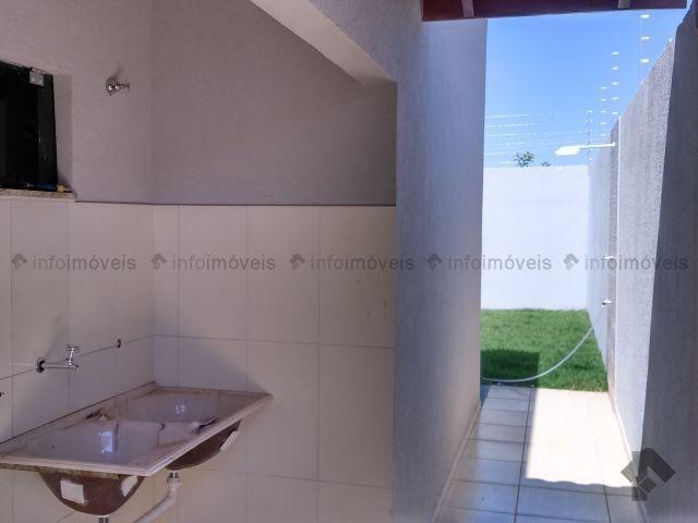 Linda Casa Rica no blindex Vila Nasser com quintal amplo - Foto 6