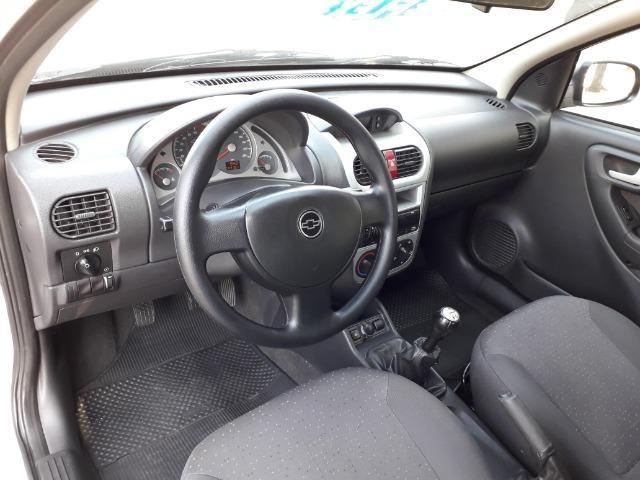 GM-Corsa Hatch 09 Premium 1.4 Flex, Troco e Financio - Foto 14