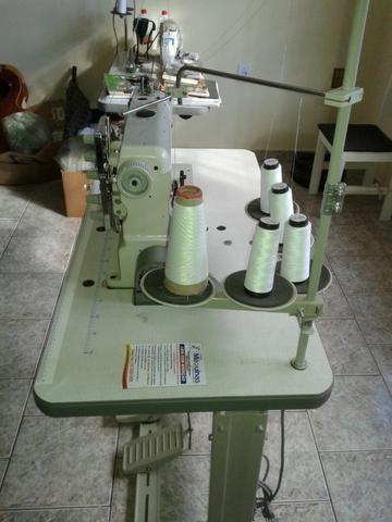Máquina de Costura Galoneira Yamata - Foto 4