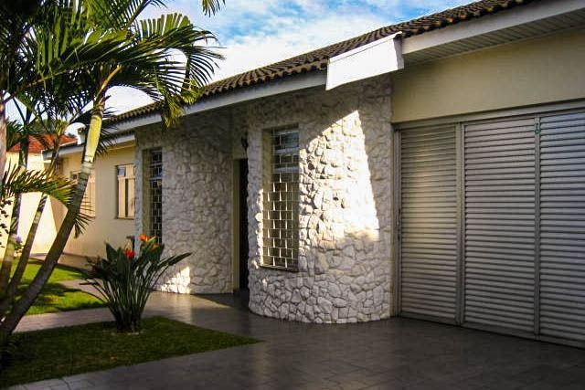 Casa Comercial 6 salas no Jardim Botânico para Alugar, Próx. Hospital da PM-PR [612.002]