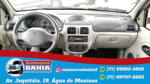 Renault Clio Sedan Authentique 1.0 Manual Gasolina 2004 - Foto 6