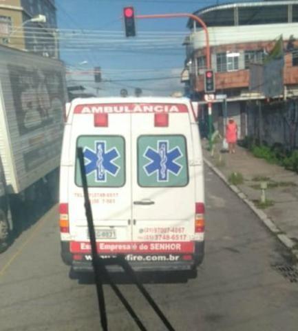 Ambulância Sprinter Básica Completa - Foto 4