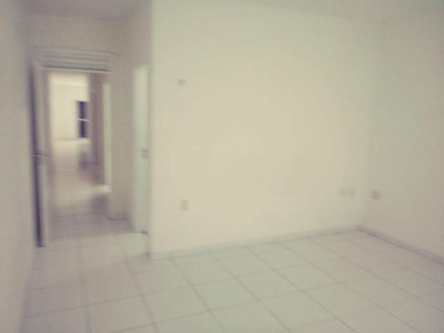 Vendo ou Alugo casa com 3 quartos, a 2 km do Centro do Aquiraz (Repasse) - Foto 11