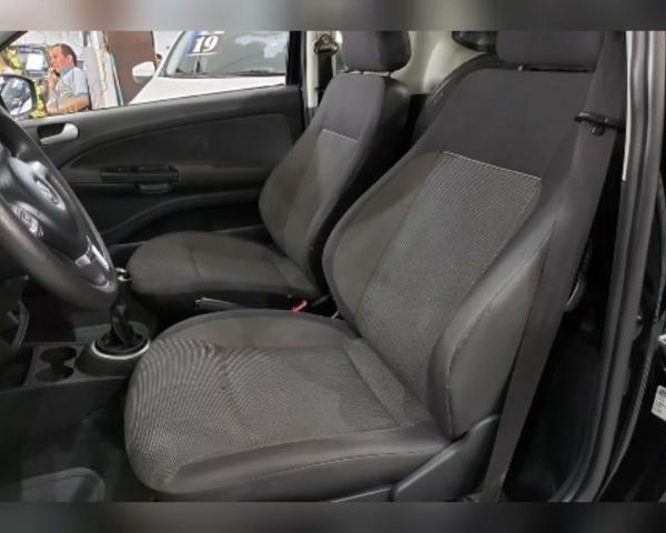 Volkswagen Saveiro 1.6 Total Flex - Foto 5