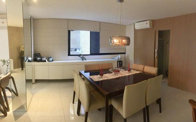 Apartamento com 3/4 sendo 2 suítes + escritório bem próximo da praia - Foto 2