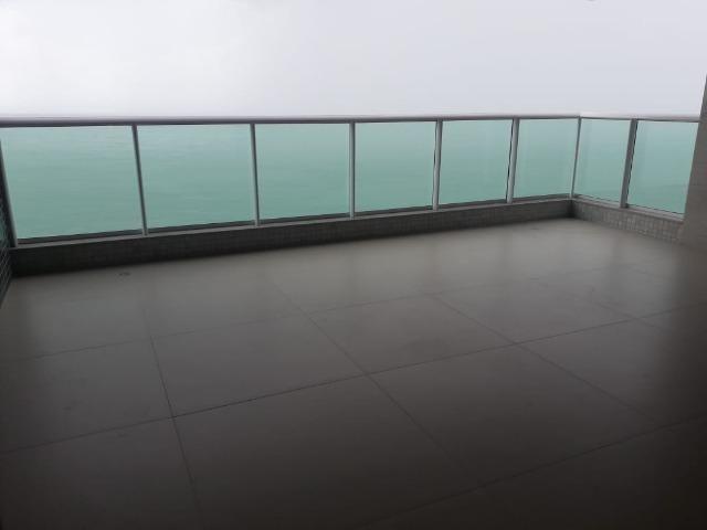 Faça proposta !! Beira mar com 257m² sendo composto por 04 suítes. - Foto 5