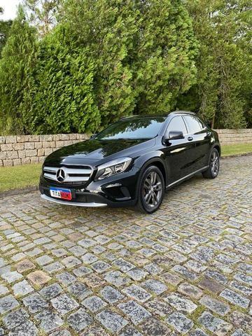 "Mercedes-Benz GLA200 2015 ""Impecável, sem detalhes"""