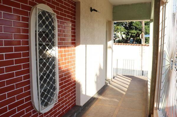 Casa com 3 quartos - Bairro Setor Aeroporto em Goiânia - Foto 5