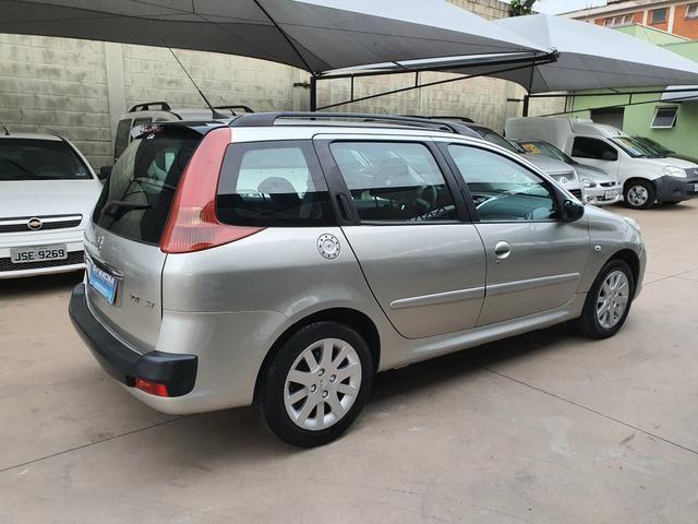Peugeot 207 sw xs automática 2011 - Foto 5