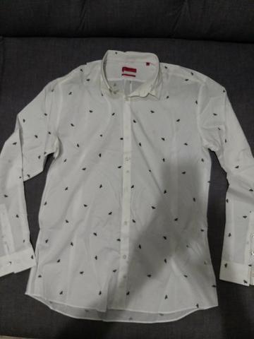 Camisa social semi nova - Foto 2