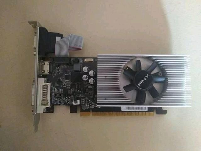 Placa de vídeo gt730 2 gb
