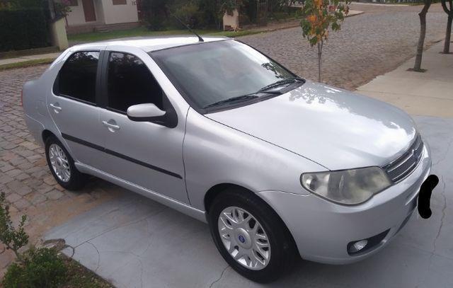 Siena HLX 2007 Completo