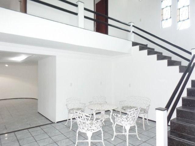 Casa duplex para locação no bairro cidades dos funcionarios, com piscina 4 suites - Foto 7