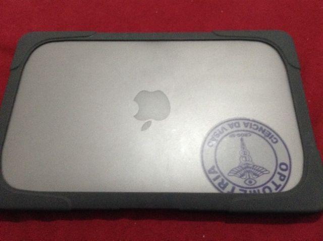 Apple Macbook Air Mc505ll/a Core 2 Duo 1.4 11 2gb 64gb Ssd - Foto 3