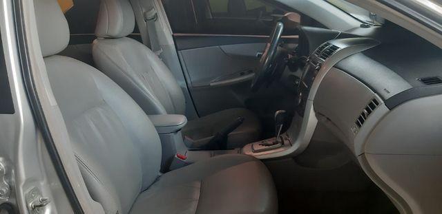 Toyota corolla xei aut 2013/2014 facilitamos sua entrada no cartao de credito - Foto 10