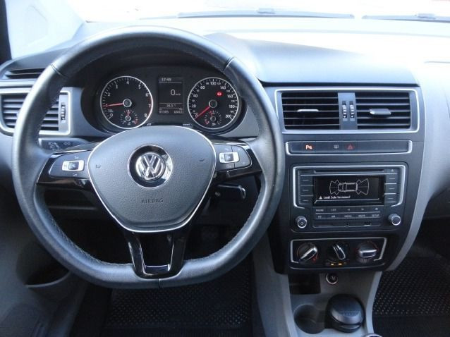 Juan Volkswagen Fox 1.0 Mpi Bluemotion 12v Flex 4p Manual - Foto 8