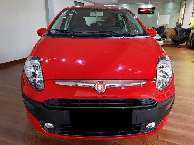 Fiat Punto 1.4 Attractive Italia 8v Flex 4p Manual-2013 - Foto 10