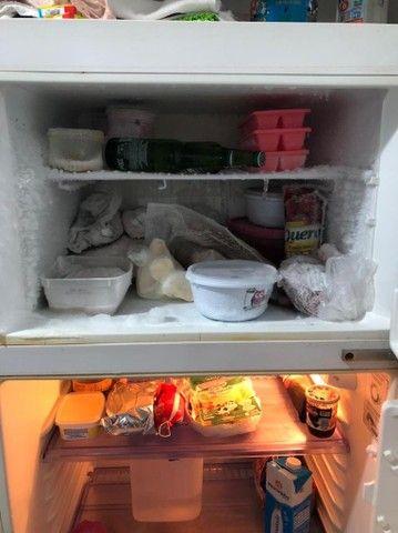 Vendo geladeira continental  - Foto 3