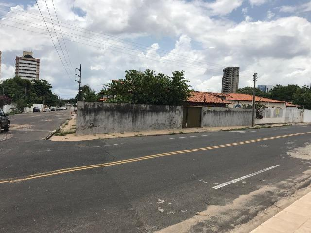 Casa na avenida vilmary, esquina, 26x30mts
