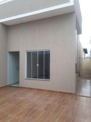 Casa na 604 norte 2/4 sendo uma suite nova acabamento excelente