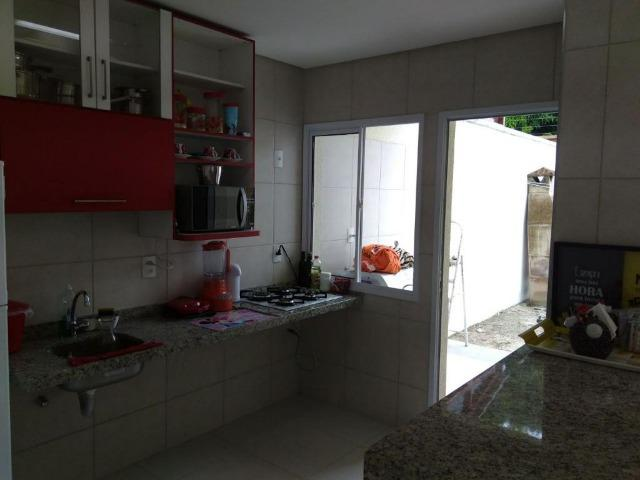 Linda Casa com 3 suítes em condomínio no Eusébio