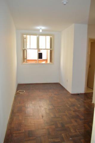 Apartamento cohabpel 2º andar