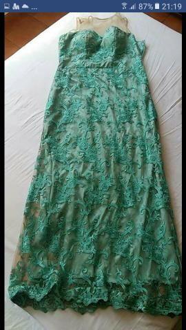 Cor verde tiffany vestido
