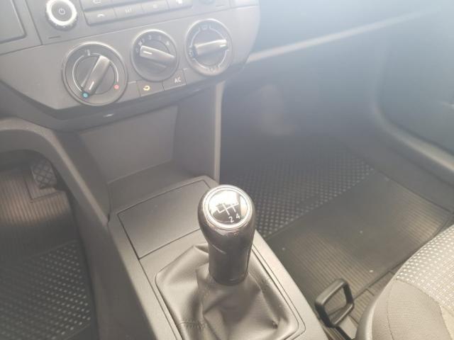 VW - VOLKSWAGEN POLO 1.6 MI FLEX 8V 4P - Foto 12