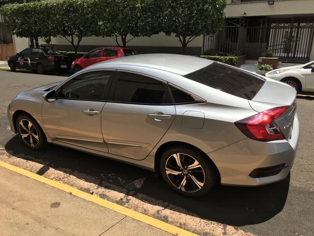 Vendo Honda Civic EXL G10 2017/17 Prata - muito novo / conservado