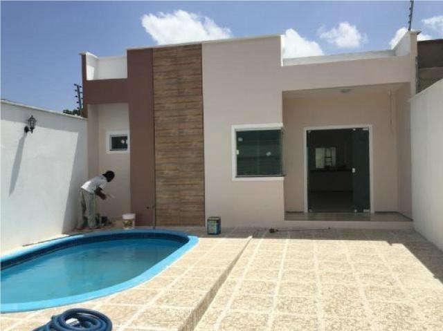 Casa com piscina no Esplanada