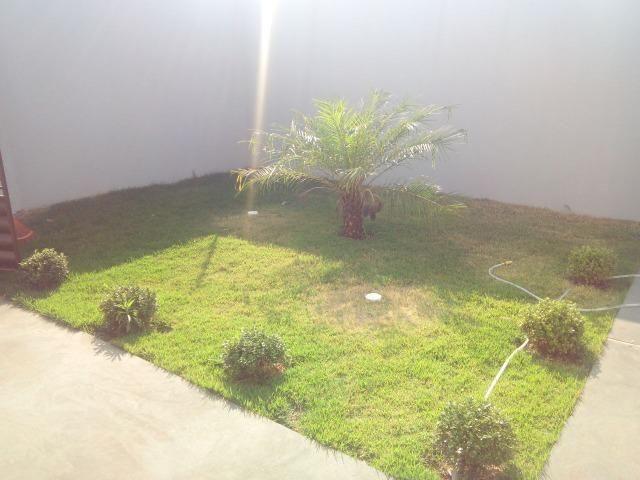 Linda Casa Rica no blindex Vila Nasser com quintal amplo - Foto 19