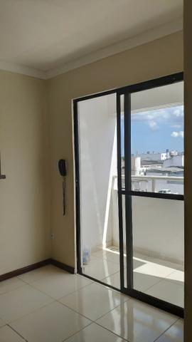 Alugo Apartamento 70 mt² 2/4 prox Av Maria Quitéria garagem coberta tx cond incluída - Foto 5