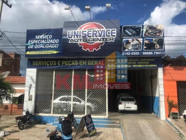 Vende-se Prédio Comercial em Ótima Localização - KM IMÓVEIS
