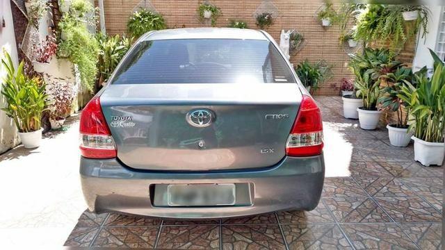 Toyota Etios 1.5 Sedan 2013 Flex Conservado IPVA e Licenciamento 2020 Pagos - Foto 8