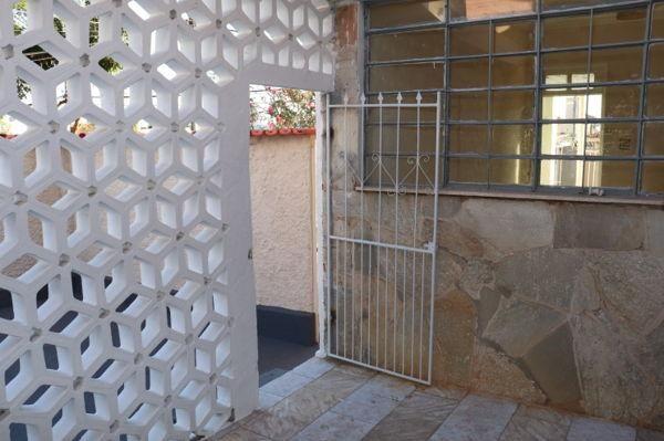 Casa com 3 quartos - Bairro Setor Aeroporto em Goiânia - Foto 17