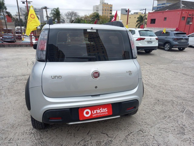 2005. Fiat Uno Way 1.3 Completo 2021 - 42.000 km - Abaixo da Fipe - Foto 5