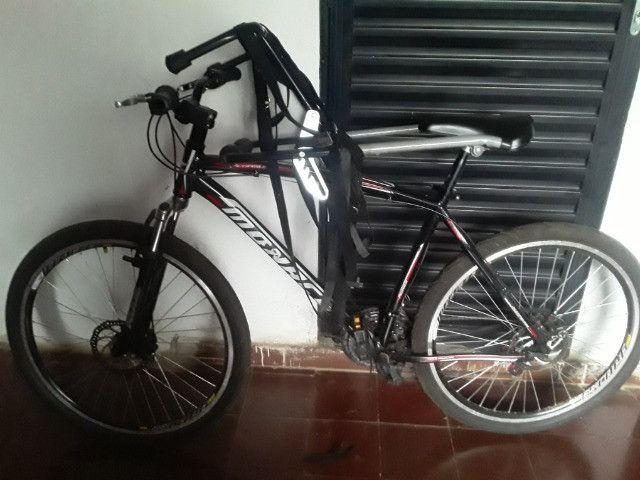 Bicicleta e suporte  - Foto 4