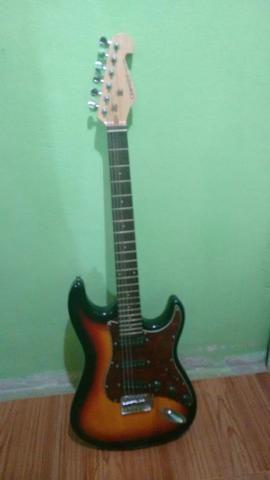 Vendo guitarra gianini praticamente nova