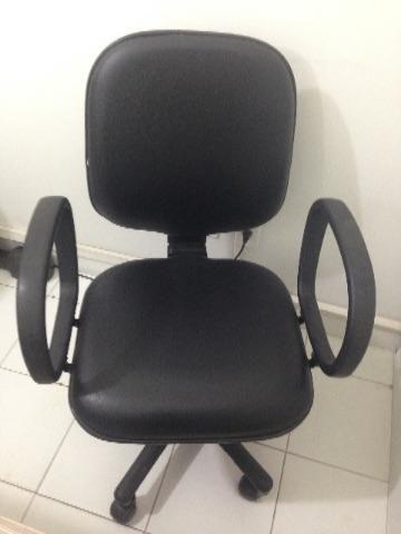Cadeira Diretor Giratória Com Braço Corsa Regulage