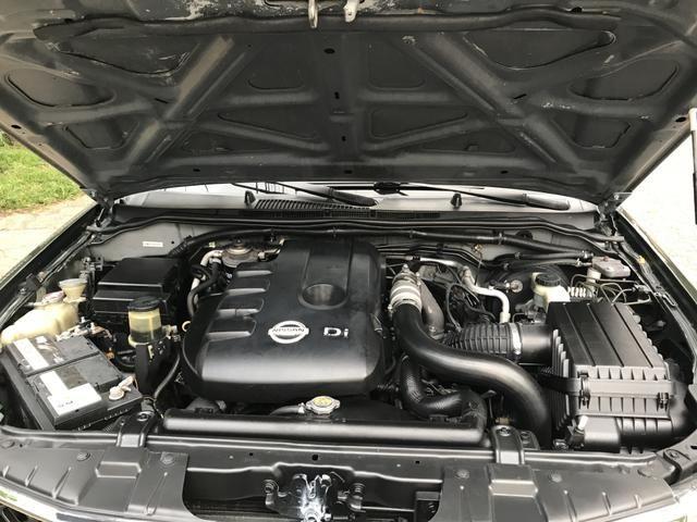 NISSAN FRONTIER LE 4x4 aut Diesel - Foto 11
