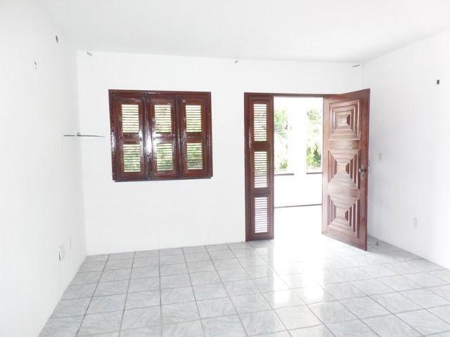 Casa duplex para locação no bairro cidades dos funcionarios, com piscina 4 suites - Foto 17