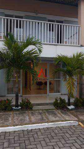 Casa 4/4 Stella Maris solta, Cond fechado, infraestrutura completa, com área, armários