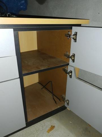Mesa e Armário para escritório 50,00 cada - Foto 3