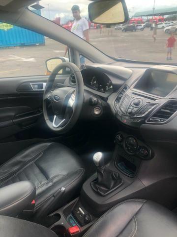 Ford Fiesta 2014 - Foto 5