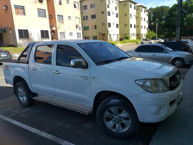 Hilux top