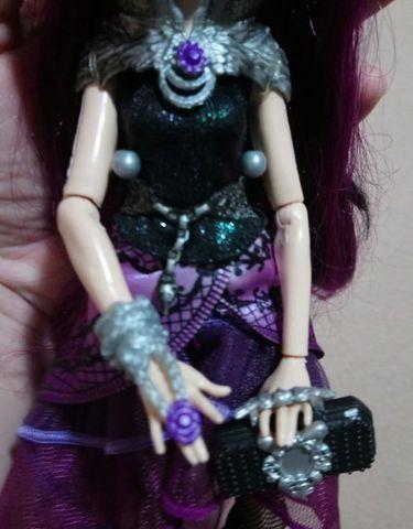 Boneca Ever After High Raven Queen Wave 1 - Foto 4