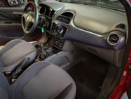 Fiat Punto 1.4 Attractive Italia 8v Flex 4p Manual-2013 - Foto 5